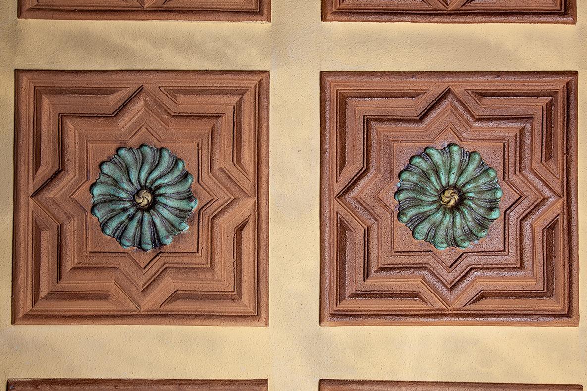 Adorno de techo mud jar artesanos juntos - Escayola decorativa techo ...