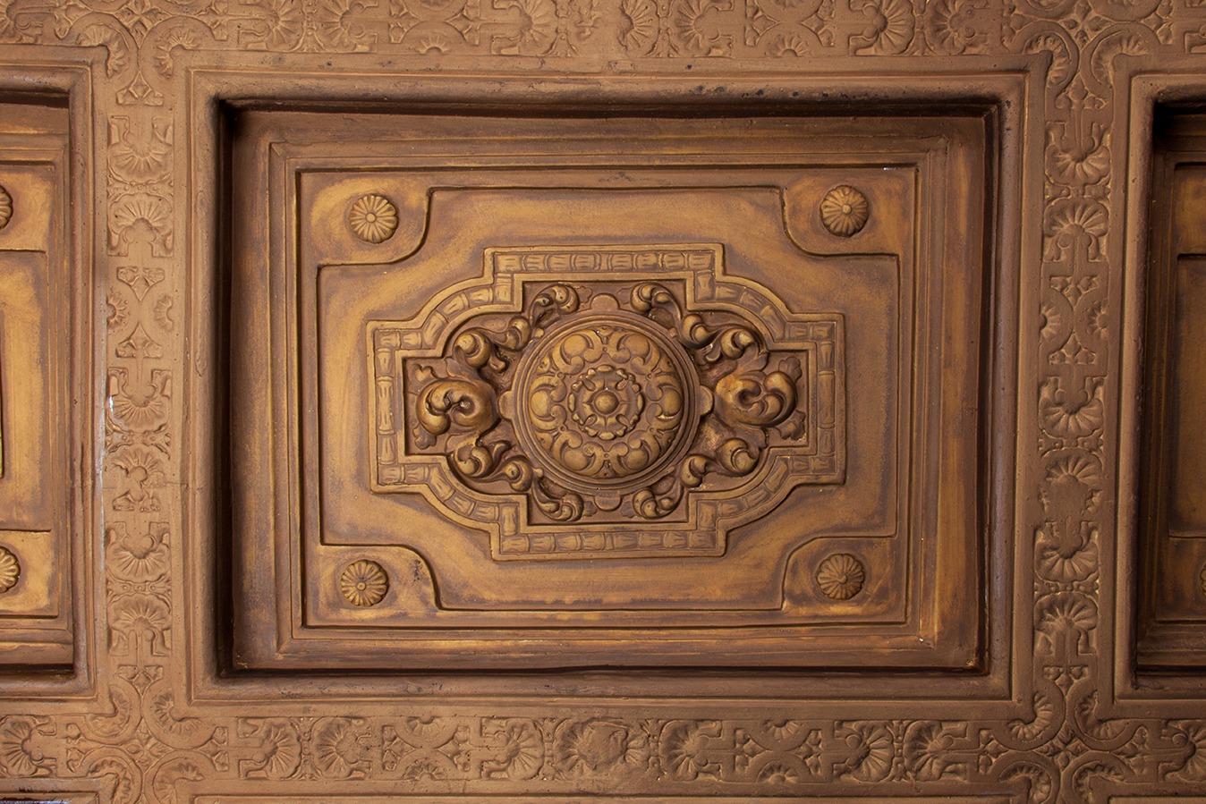 Techo artesonado mud jar artesanos juntos - Escayola decorativa techo ...